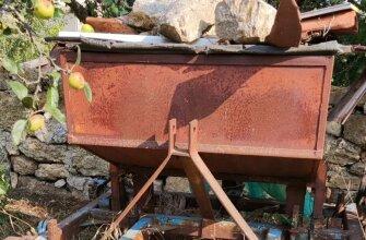 Máquina sembrar patatas
